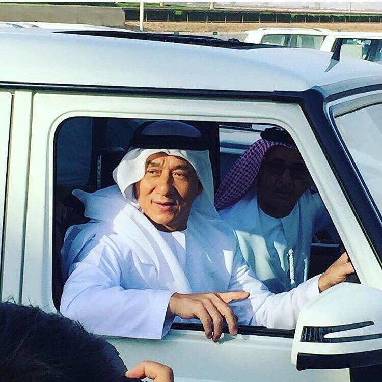 جاكي شان بالزي الإماراتي