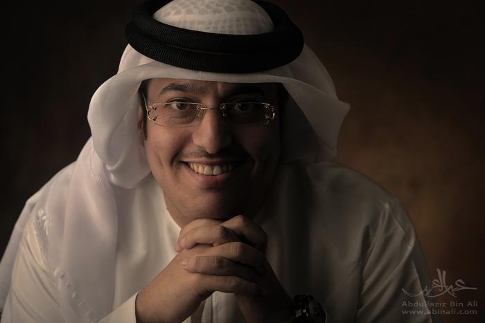 قصة المذيع عبدالله اسماعيل وثلاث الف